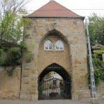 Entry way to Kerepesi Jewish cemetery, by Bèla Lajta