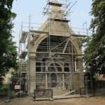 Restoration work on a grand tomb in the Jewish cemetery in Břeclav, Czech Republic, July 2015. Photo © Ruth Ellen Gruber