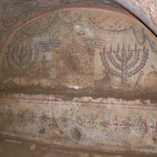 Decoration showing menorahs in the villa Torlonia catacombs in Rome. Photo: Foundation for Jewish Cultural Heritage in Italy