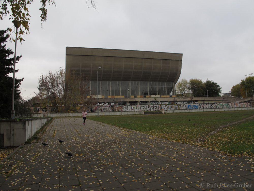 Vilnius: Now-derelict sports hall built in Soviet era atop Old Jewish Cemetery